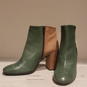 Anthropologie Paola Ferri by alba Moda ankle boots